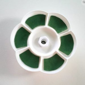 Daisy Dish Green Baize - Cross Stitch Supplies - Online Cross Stitch Supply Shop